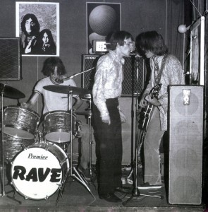 1969_Rave+Belli-on-stage(e2)